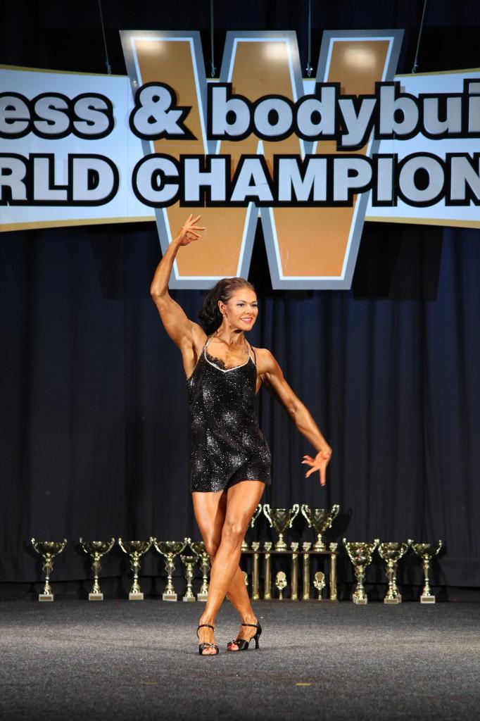 Светлана Пугачева с произвольной программой на Чемпионате Мира по фитнесу и культуризму 2012г.